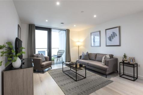 City North, London, N4. 3 bedroom apartment for sale