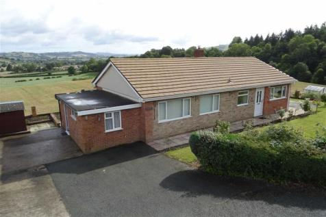Cyncoed, Common Road, Kerry, Newtown, Powys, SY16, Mid Wales - Detached Bungalow / 3 bedroom detached bungalow for sale / £225,000