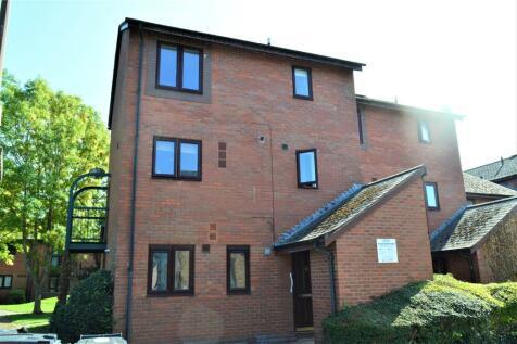 St Marys Close, Newtown, Powys, SY16. 2 bedroom flat