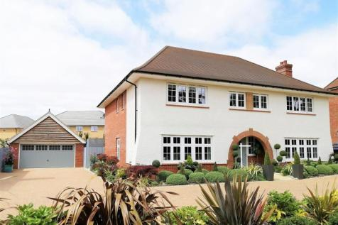 Mayes Drive, Buntingford. 5 bedroom detached house