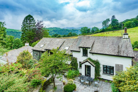 Seathwaite Cottage, Seathwaite Lane, Ambleside, Cumbria LA22 9ES. 5 bedroom detached house for sale