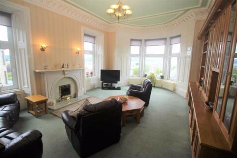 Margaret Street, Greenock. 4 bedroom flat for sale
