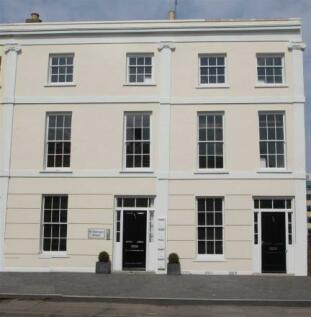 St Georges Place, Cheltenham. 1 bedroom ground floor flat