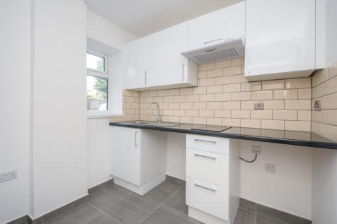 Homesdale road, Bromley, BR1. Studio apartment