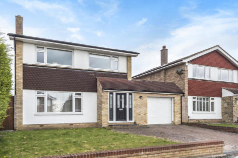 Broadwalk, Orpington, BR6. 3 bedroom detached house