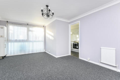 Howard Road, Bromley, BR1. 2 bedroom apartment