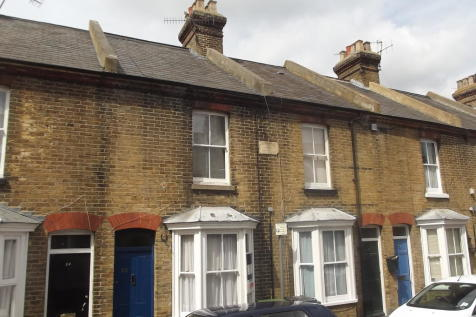 St Peter's Grove, City Centre. 3 bedroom house