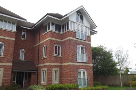 Kingsbrook Park, Canterbury. 2 bedroom apartment