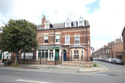 Lawrence Street, York. 4 bedroom flat