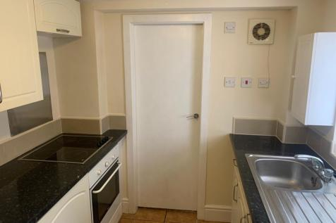 10 McKinley Road, Llandudno Junction, LL31 9DY. 1 bedroom flat