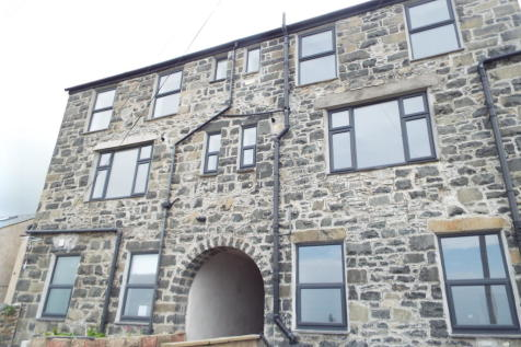 London House, Penmaenmawr, LL34 6NF. 2 bedroom apartment