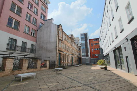 Candleriggs, City Centre. 1 bedroom flat