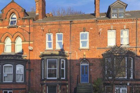 Regent Park Terrace , Leeds. 5 bedroom terraced house