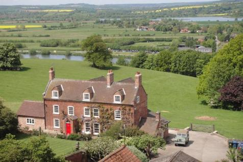 Main Street, Kneeton. 6 bedroom character property for sale