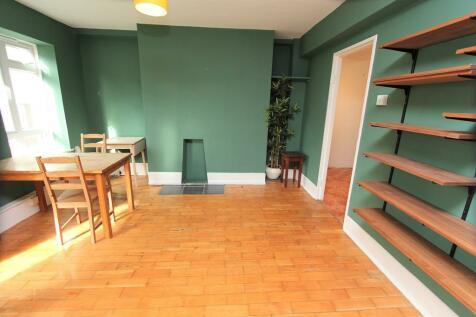 Carlton Road, Stroud Green. 2 bedroom apartment