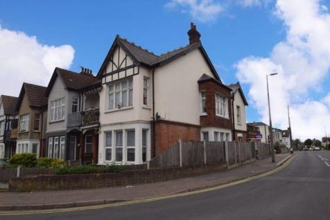 Valkyrie Road, Westcliff-On-Sea. 1 bedroom detached house