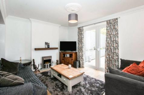 Kent Road, Poole, BH12. 2 bedroom bungalow