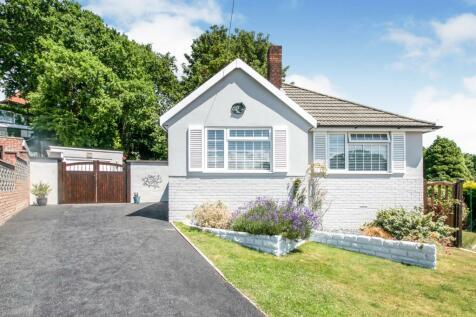 Rodney Close, Parkstone, Poole, BH12. 2 bedroom bungalow