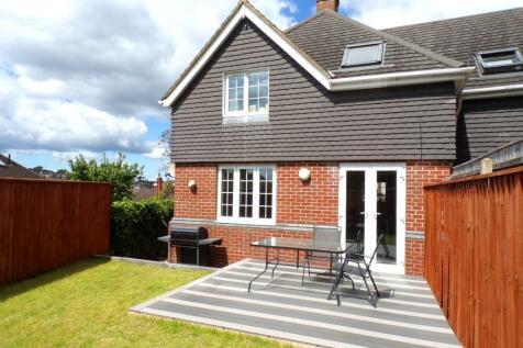 Albert Road, Parkstone, Poole, BH12. 3 bedroom semi-detached house