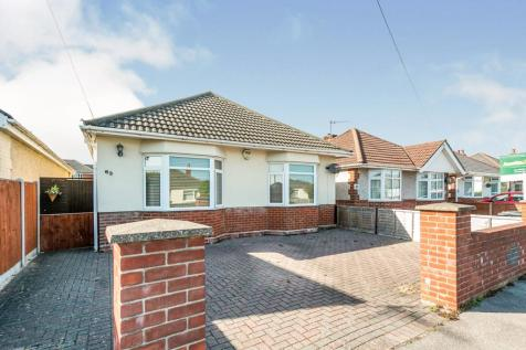 Southill Road, Parkstone, Poole, BH12. 3 bedroom bungalow