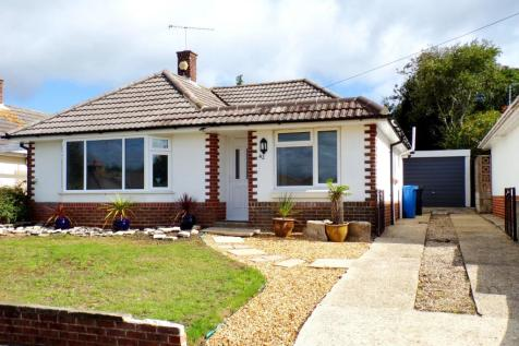 Bridport Road, Poole, BH12. 3 bedroom bungalow