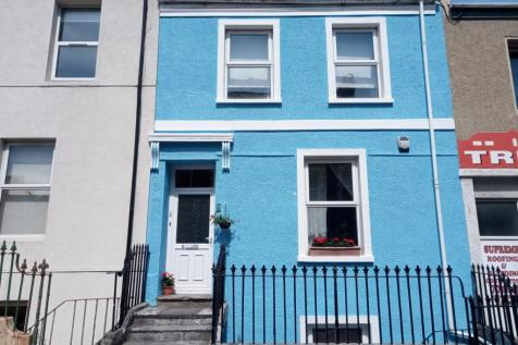 Molesworth Road, Stoke, Plymouth, Devon, PL1. 3 bedroom terraced house