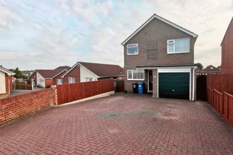 Brixey Close, Parkstone, Poole, Dorset, BH12. 3 bedroom detached house