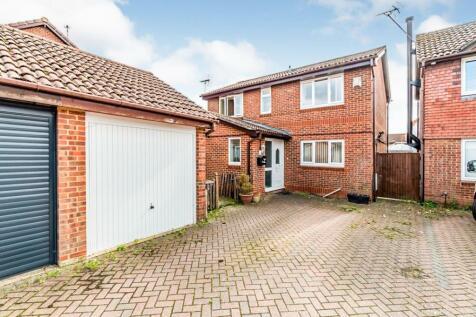 Oakdene, Totton, Southampton, Hampshire, SO40. 4 bedroom detached house for sale