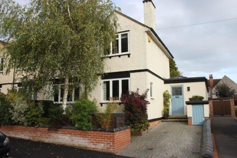 Chevin Road, off Belper Road, Derby. 3 bedroom semi-detached house for sale