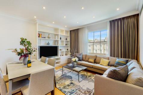 Warwick Gardens, Kensington, W14. 2 bedroom flat