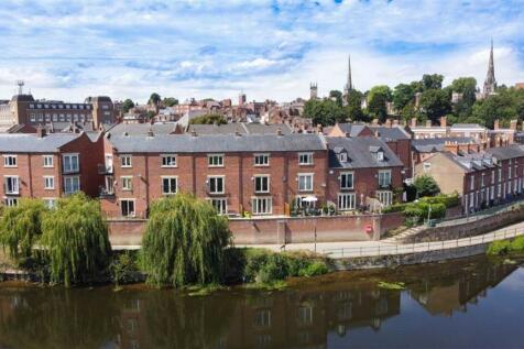 St Julians Crescent, Shrewsbury. 4 bedroom town house