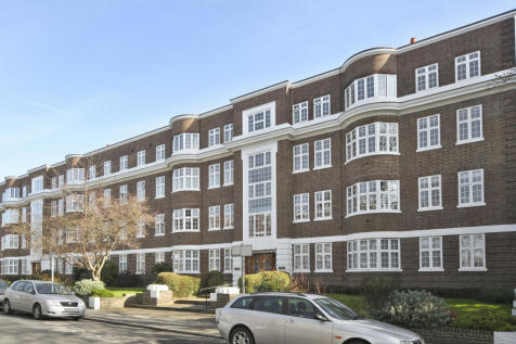Wimbledon Close, The Downs, SW19. 4 bedroom apartment