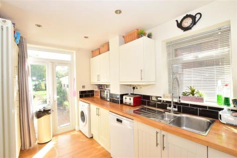 Horley Road, Redhill, Surrey. 4 bedroom detached house for sale