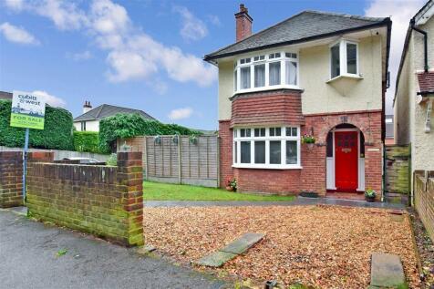 Brambletye Park Road, Redhill, Surrey. 4 bedroom detached house for sale