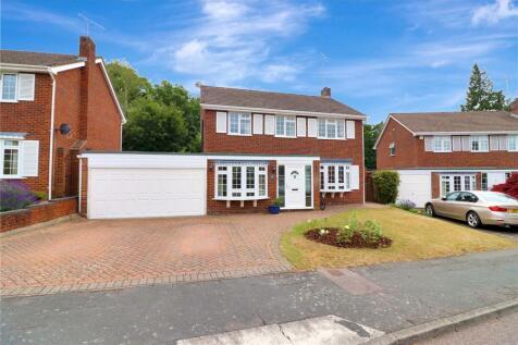 Blackley Close, Watford, Herts, WD17. 4 bedroom detached house for sale