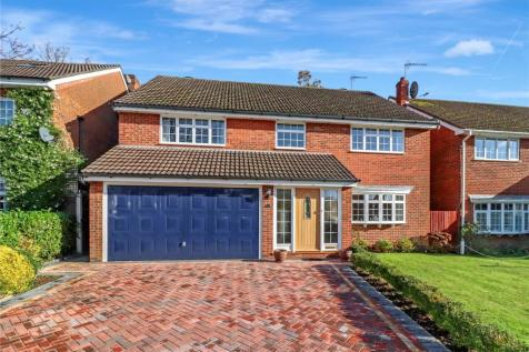 Bay Tree Walk, Watford, Herts, WD17. 5 bedroom detached house for sale