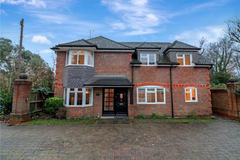 Armand Close, Nascot Wood, Watford, WD17. 4 bedroom detached house for sale