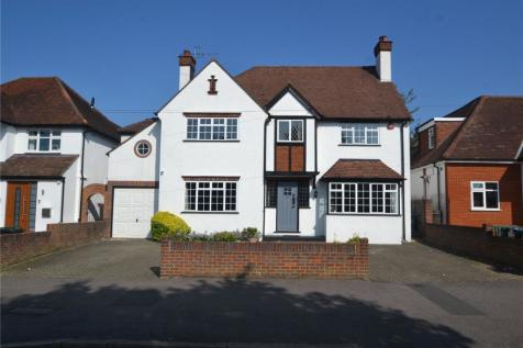 Cassiobury Drive, Watford, Hertfordshire, WD17. 4 bedroom detached house for sale