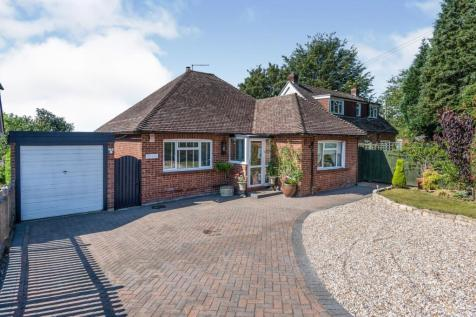 Punnetts Town, Heathfield, East Sussex, United Kingdom, TN21. 3 bedroom bungalow