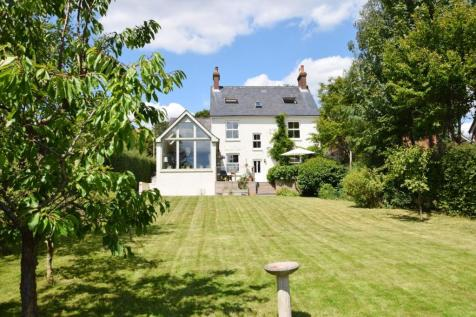 Cross In Hand, Heathfield, East Sussex, United Kingdom, TN21. 5 bedroom detached house