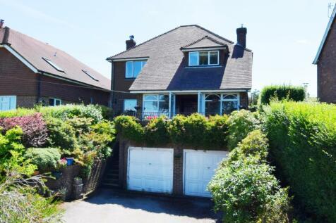 Upper Greenwoods Lane, Punnetts Town, Heathfield, East Sussex, TN21. 3 bedroom detached house