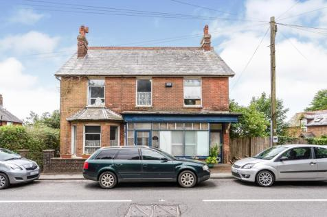 Cross In Hand, Heathfield, TN21. 6 bedroom detached house