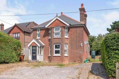 Punnetts Town, Heathfield, East Sussex, TN21. 3 bedroom detached house