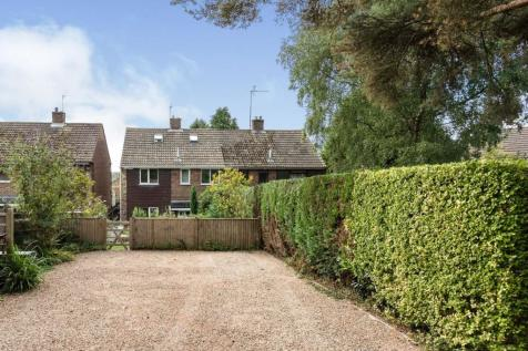 Firwood Close, Heathfield, East Sussex, United Kingdom, TN21. 4 bedroom semi-detached house