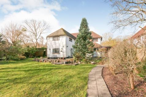 Polegate Road, Hailsham, East Sussex, United Kingdom, BN27. 4 bedroom detached house