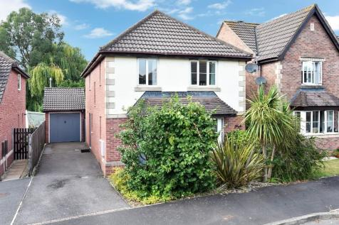 Faverolle Way, Paxcroft Mead. 4 bedroom detached house