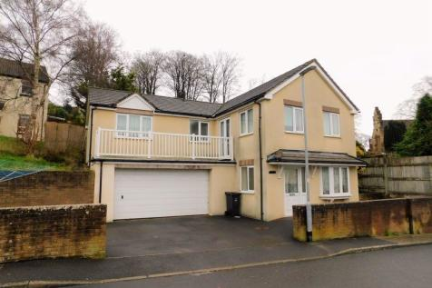Mill Close, Frome. 4 bedroom detached house