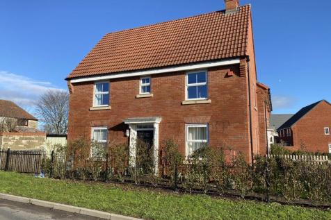 Dragonfly Close Frome. 3 bedroom semi-detached house