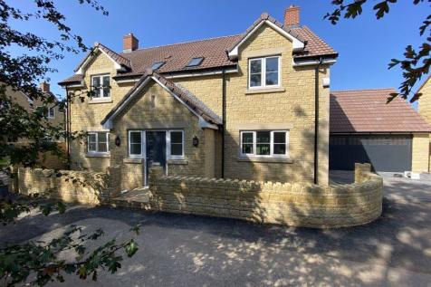 Tadley Meadow, Frome. 4 bedroom detached house for sale