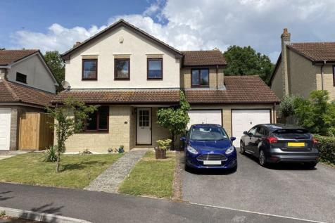 Compton Gardens, Frome. 4 bedroom detached house
